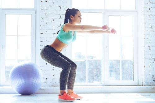 Sentadillas para aumentar los músculos de las piernas
