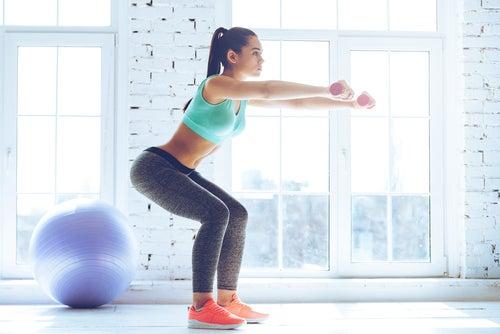 ejercicios fuertes para piernas y gluteos en casa