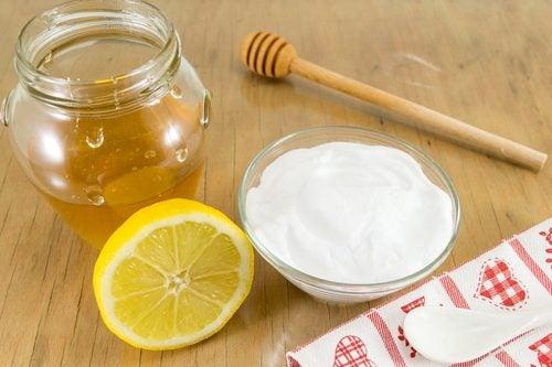 Tratamiento con bicarbonato de sodio y miel