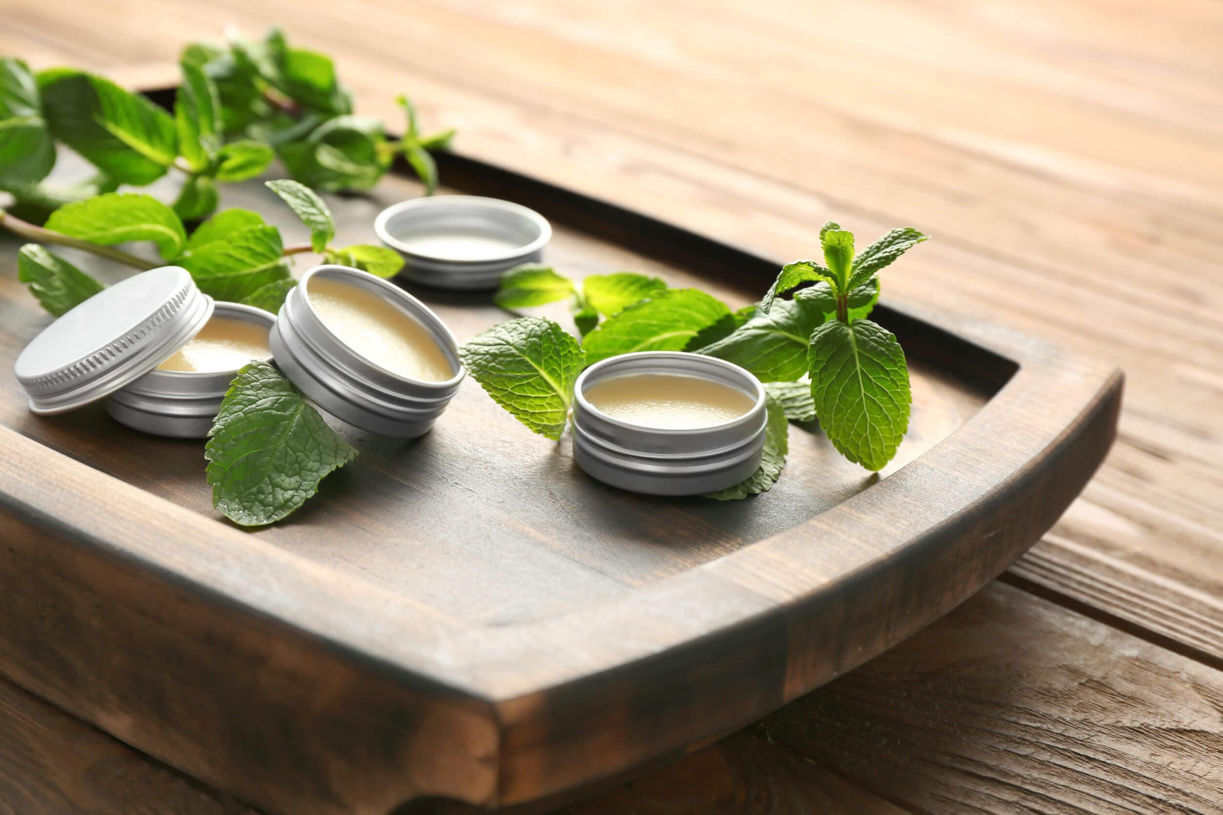 Para controlar los síntomas de las alergias puede ser útil usar aceite de menta.