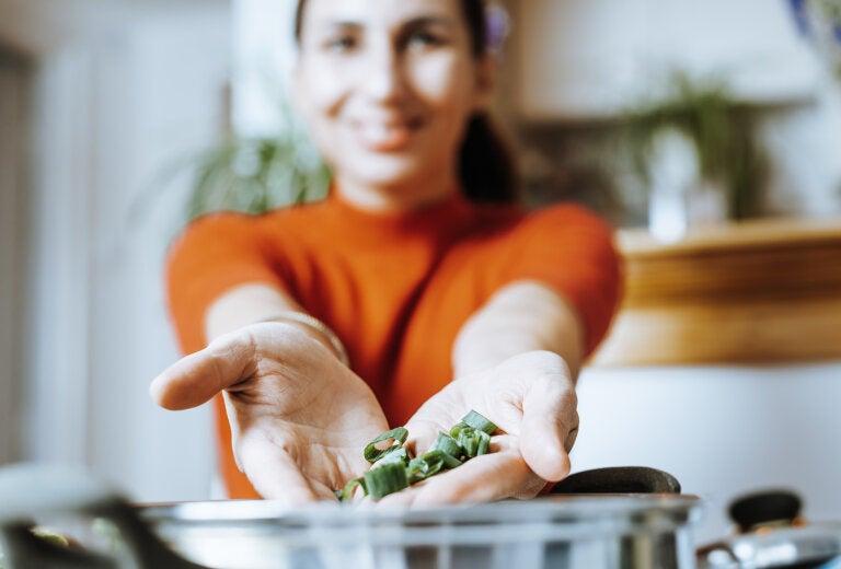 8 alimentos que te ayudarán a inhibir el apetito