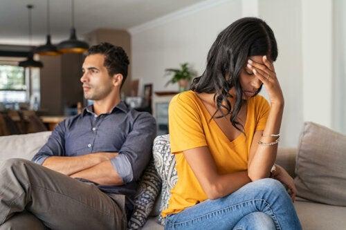 El coste psicológico de darlo todo por una relación
