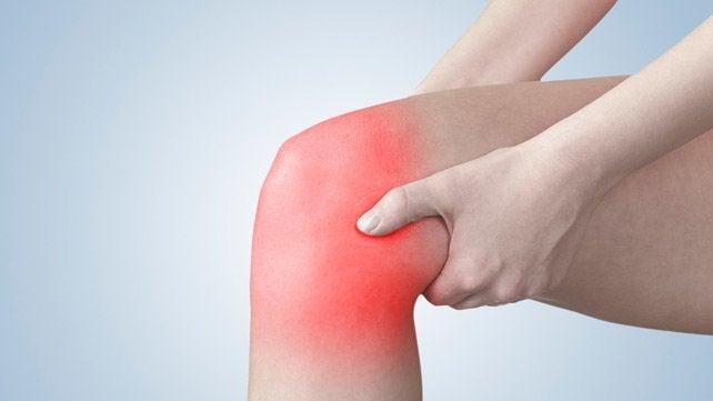 5 ejercicios que ayudan a aliviar el dolor de rodilla