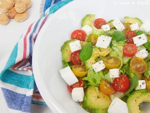 avocado and cherry salad