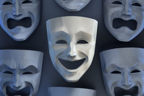 máscara-fingir