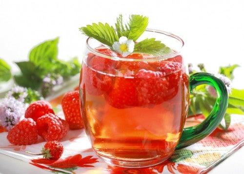 El jugo de frambuesas es una de las bebidas detox para bajar de peso.