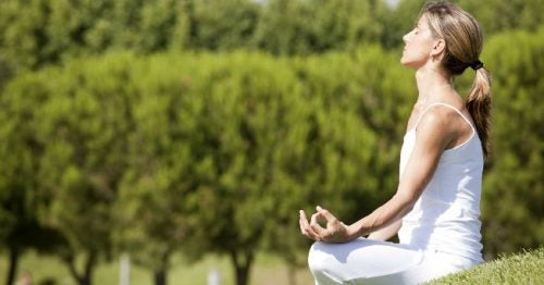 ¿Qué es el yoga? Todo lo que debes saber de esta disciplina