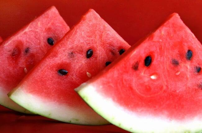 Foods that help burn fat: watermelon
