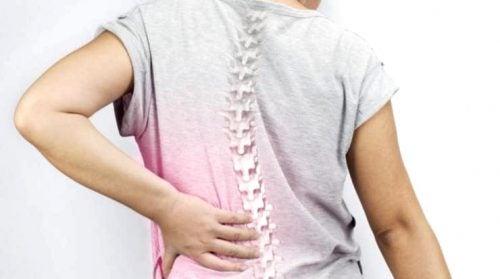 La escoliosis: un problema muy común en las mujeres