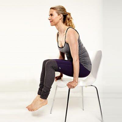 Elevación sobre silla para reducir la grasa abdominal