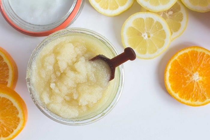 Exfoliantes-caseros-con-limón-y-bicarbonato-de-sodio