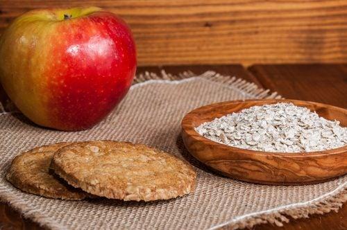 Galletas de puré de manzana y avena