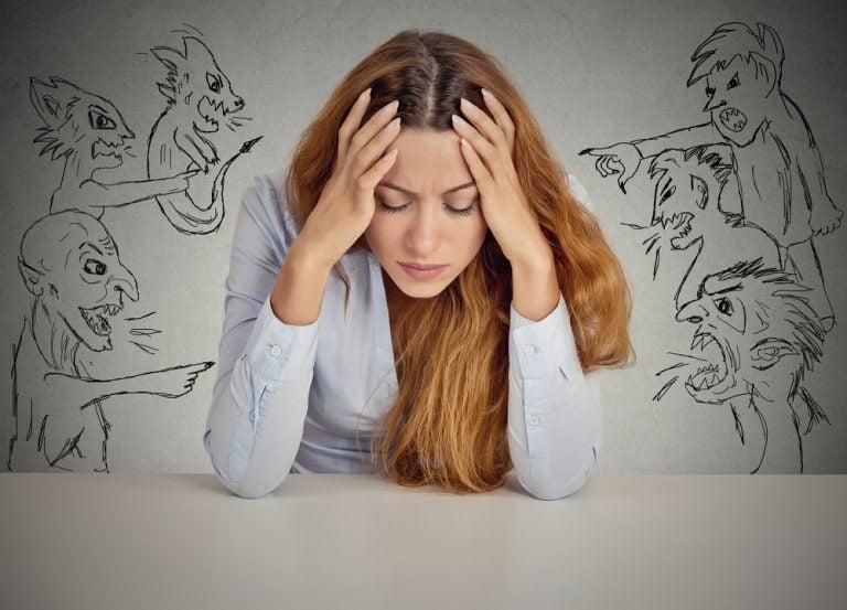 La voz negativa que nos recuerda lo que hacemos mal