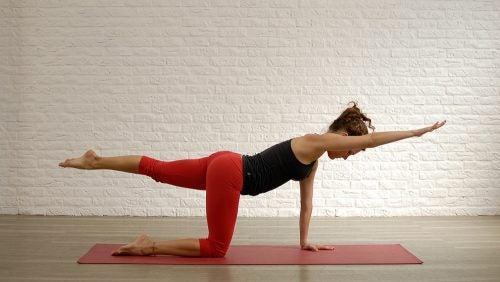 5 ejercicios ideales para mitigar el dolor en las piernas