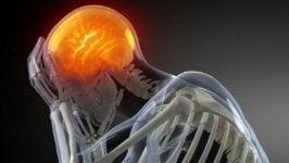 Remedios caseros que calman el dolor de cabeza.