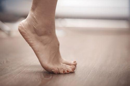 Pies de puntillas