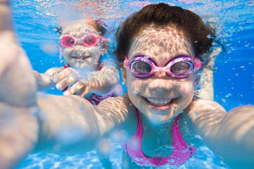 Practicar la natación, beneficiosa pero mejor con seguridad