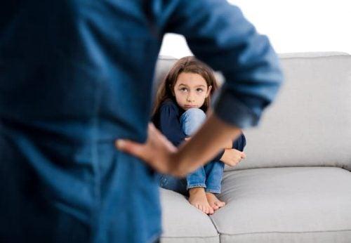 La voz negativa ya estaba presente en la infancia