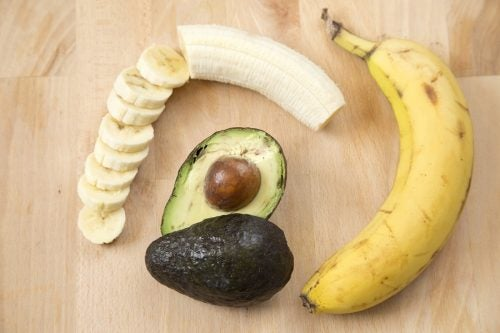 Banana y aguacate