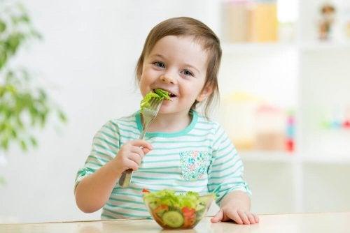 Cómo evitar o tratar la obesidad infantil