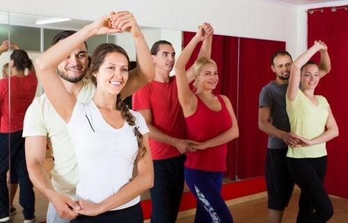 ¿Conoces las ventajas de bailar?