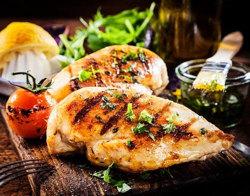 El-pollo-tambien-es-uno-de-los-alimentos-ricos-en-potasio.