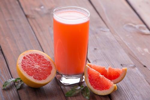 5 bebidas que te ayudarán a adelgazar