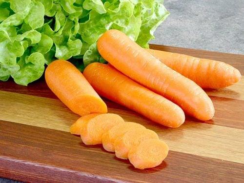 La-zanahoria-es-rica-en-potasio-nutrientes-antioxidantes-y-vitamina-A.