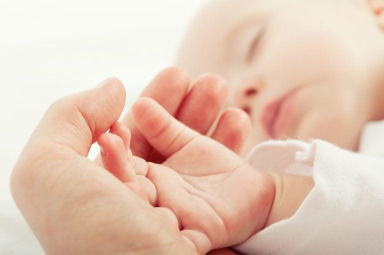 5 reflejos primitivos en los bebés