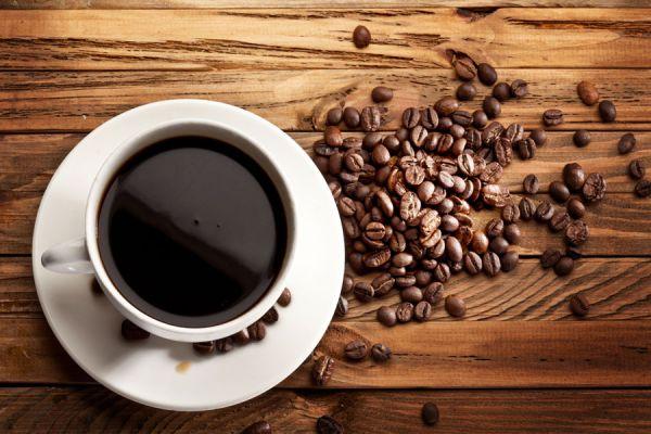 Beneficios y desventajas de consumir café diariamente