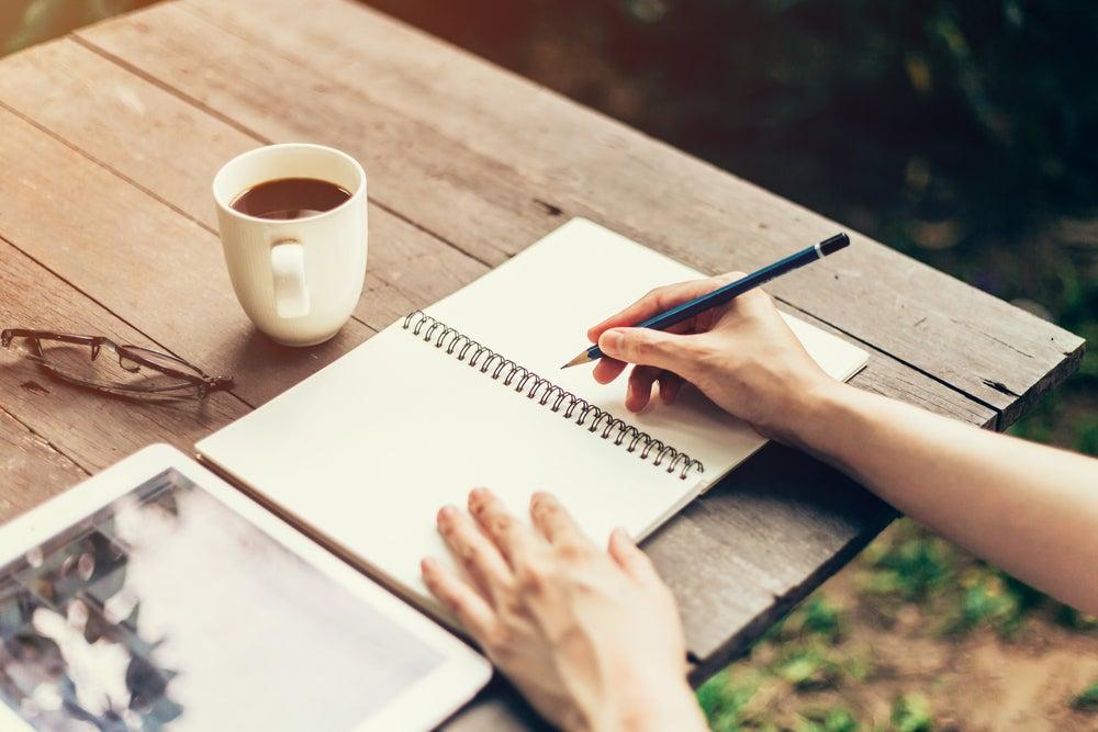 Escribir puede ayudar a mejorar la memoria