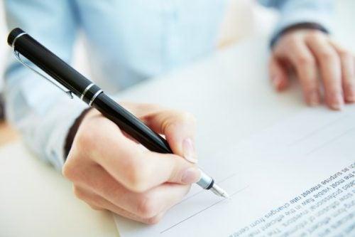 Descubre lo que dice tu firma de tu personalidad