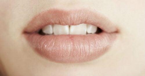 Curar labios quemados. Consejos prácticos y efectivos