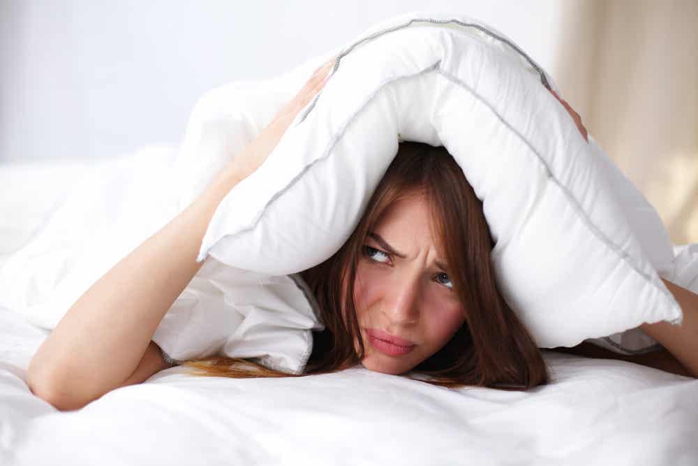 mujer-problemas-para-dormir