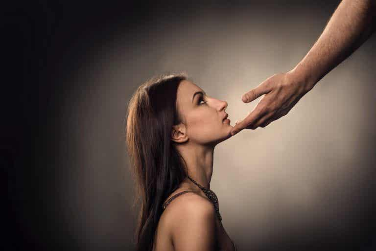 5 rasgos psicológicos de las personas sumisas