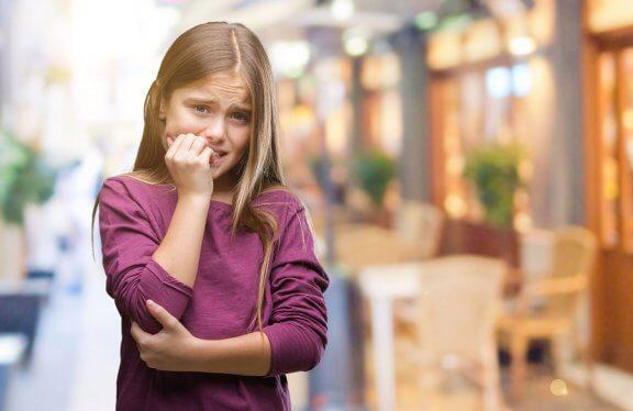 Tics nerviosos: ¿por qué aparecen? ¿cómo tratarlos?