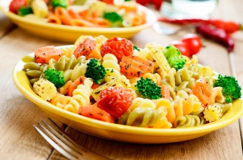 pasta y vegetales