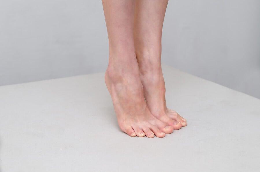 Sirve como coadyuvante contra el pie de atleta