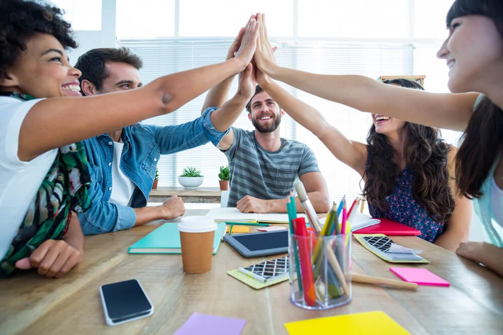 Ensine trabalho em equipe