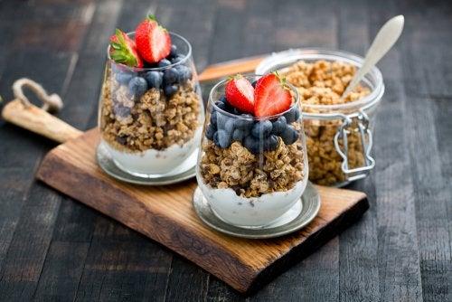 12 beneficios sorprendentes de desayunar granola cada día