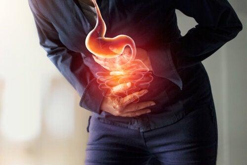 8 síntomas que te aquejan cuando tienes úlceras estomacales