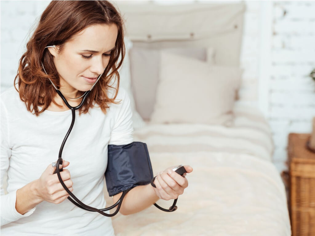 8 tips para tomarse correctamente la presión arterial en casa