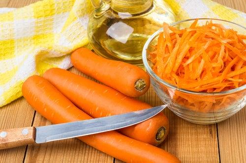 Aceite de zanahoria con coco y miel