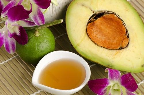 Aguacate y miel para eliminar las impurezas de la piel