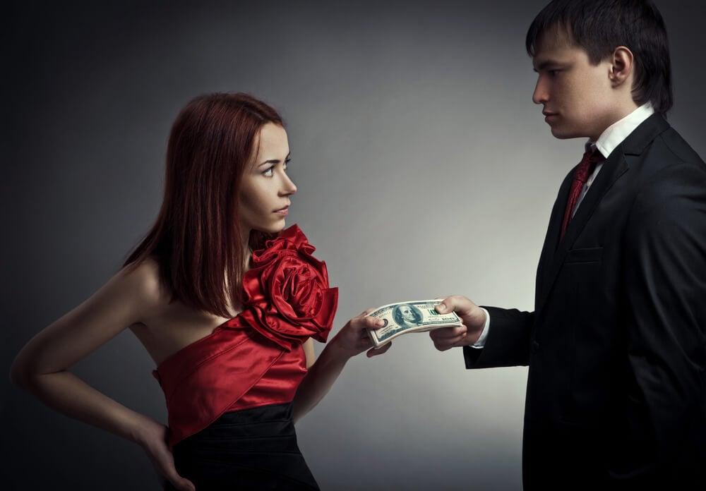 Le interesa tu dinero o tus bienes