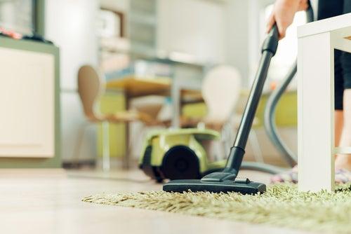 Limpieza de muebles y pisos