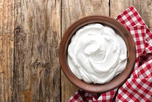 Mascarilla con café y yogur natural