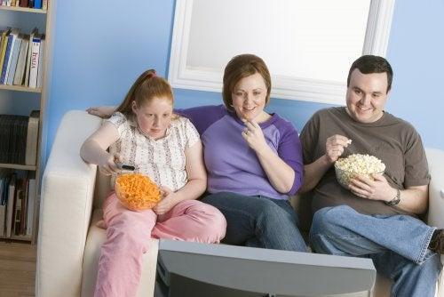 Descubre cómo puedes combatir la obesidad en los niños