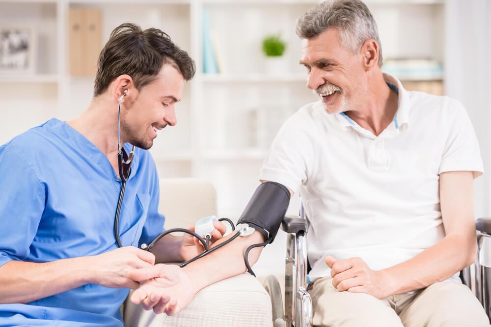 Tips para hospitalizar a una persona mayor