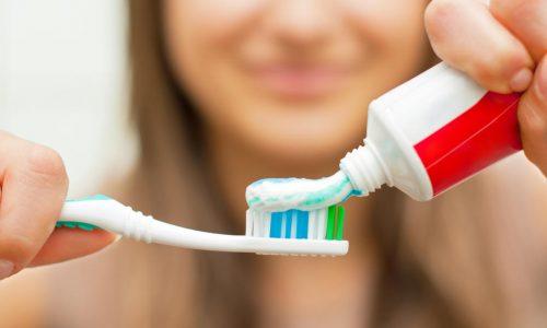 Los problemas bucales podrían ser la causa de un mal sabor de boca